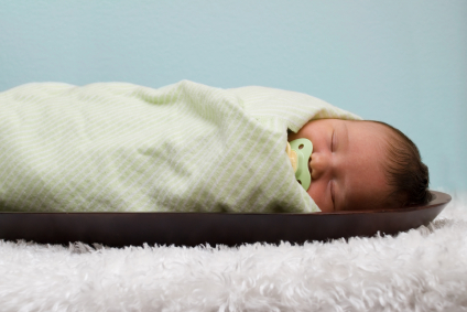 Swaddling How-To And When to Stop