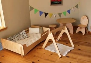 Are montessori floor beds bad for your baby or toddler 39 s sleep the baby sleep site baby - Letto montessori ...