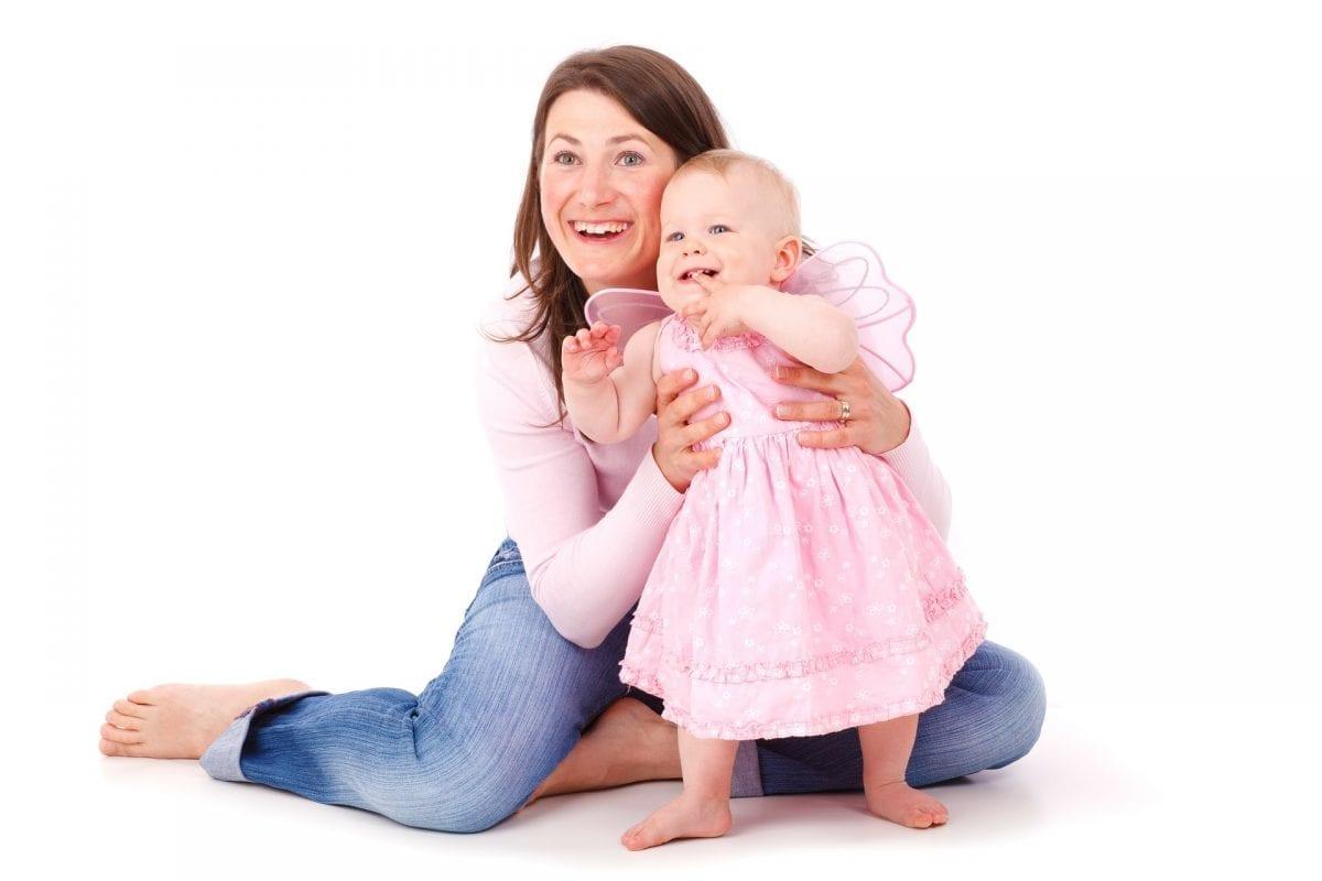 7 Ways to Keep Mom and Baby's Teeth Healthy